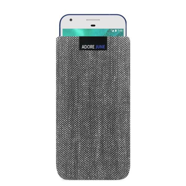 Das Bild zeigt die Vorderseite von Business Tasche für Google Pixel in Farbe Grau / Schwarz; Zur Veranschaulichung wird ebenfalls dargestellt, wie das kompatible Gerät in dieser Tasche aussieht