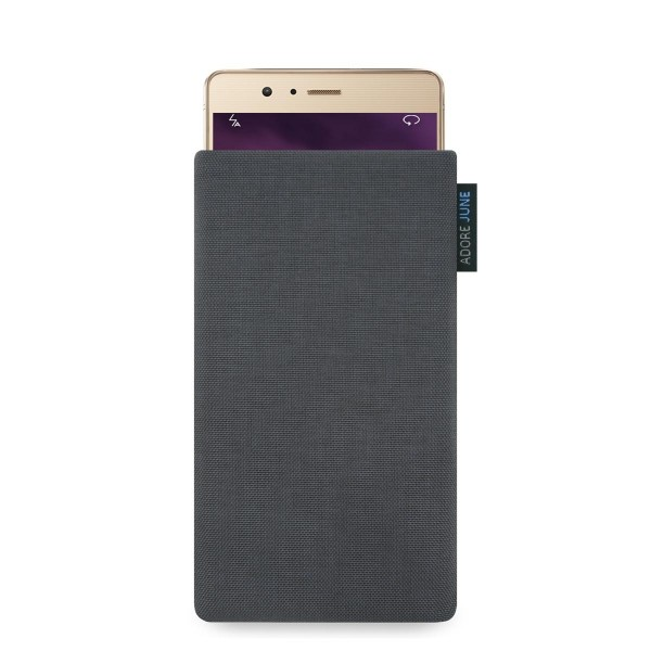 The picture shows the front of Classic Sleeve for Huawei P9 lite in color Dark Grey; As an illustration, it also shows what the compatible device looks like in this bag