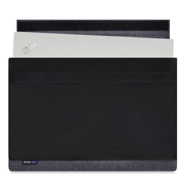 Das Bild zeigt die Vorderseite von Bold Hülle für Lenovo ThinkPad X1 Carbon in Farbe Grau / Schwarz; Zur Veranschaulichung wird ebenfalls dargestellt, wie das kompatible Gerät in dieser Tasche aussieht