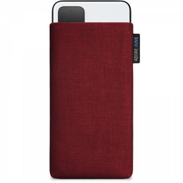 Das Bild zeigt die Vorderseite von Classic Tasche für Google Pixel 4 in Farbe Bordeaux-Rot; Zur Veranschaulichung wird ebenfalls dargestellt, wie das kompatible Gerät in dieser Tasche aussieht