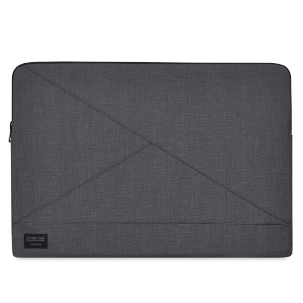 Das Bild zeigt die Vorderseite von Triangle Hülle für Apple MacBook Pro 15 in Farbe Dunkelgrau