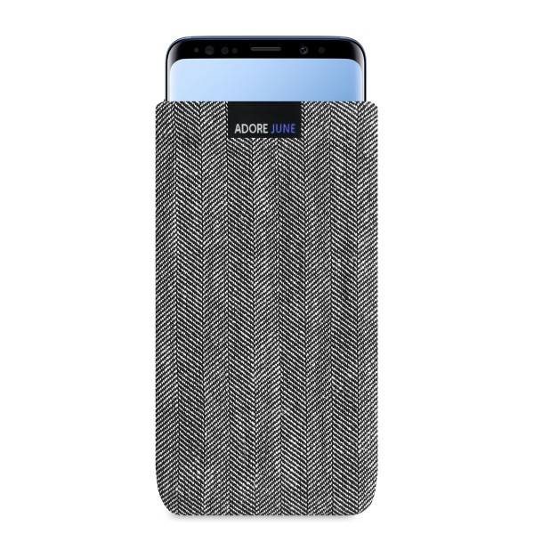 The picture shows the front of Business Sleeve for Samsung Galaxy S9 Plus in color Grey / Black; As an illustration, it also shows what the compatible device looks like in this bag