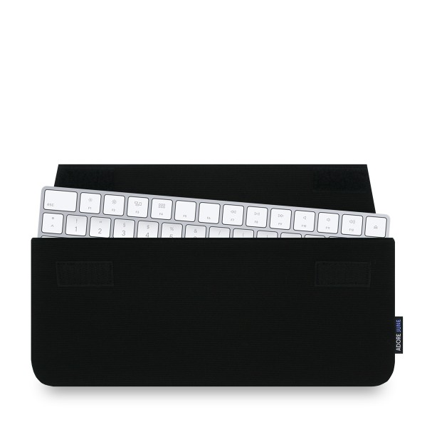 The picture shows the front of Keeb Sleeve for Apple Magic Keyboard in color Black