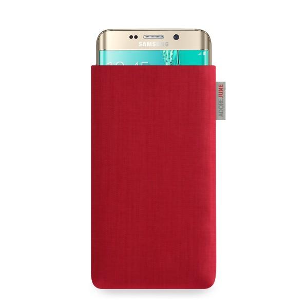 Das Bild zeigt die Vorderseite von Classic Tasche für Samsung Galaxy S6 Edge Plus in Farbe Rot; Zur Veranschaulichung wird ebenfalls dargestellt, wie das kompatible Gerät in dieser Tasche aussieht