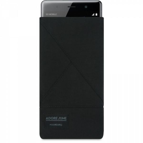 Das Bild zeigt die Vorderseite von Triangle Tasche für Sony Xperia XZ2 Premium in Farbe Schwarz; Zur Veranschaulichung wird ebenfalls dargestellt, wie das kompatible Gerät in dieser Tasche aussieht