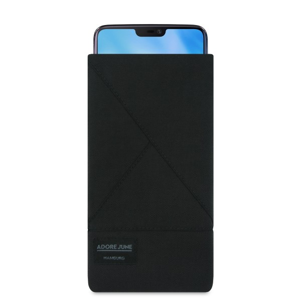 The picture shows the front of Triangle Sleeve for OnePlus 5T and OnePlus 6 in color Black; As an illustration, it also shows what the compatible device looks like in this bag
