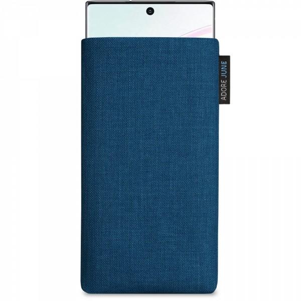Das Bild zeigt die Vorderseite von Classic Tasche für Samsung Galaxy Note 10+ in Farbe Ozean-Blau; Zur Veranschaulichung wird ebenfalls dargestellt, wie das kompatible Gerät in dieser Tasche aussieht