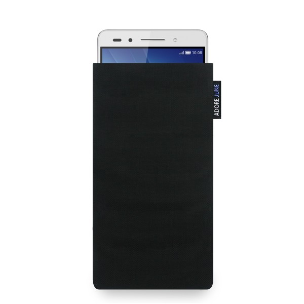 The picture shows the front of Classic Sleeve for Honor 7 in color Black; As an illustration, it also shows what the compatible device looks like in this bag