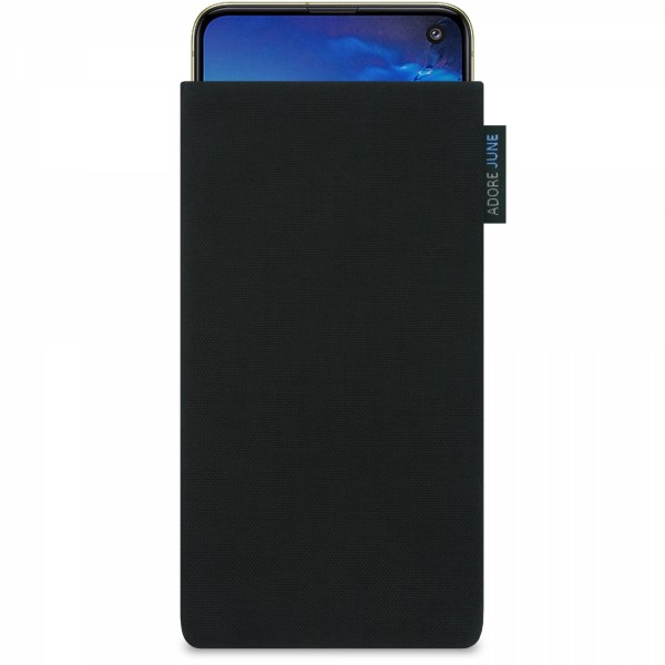 The picture shows the front of Classic Sleeve for Samsung Galaxy S10e in color Black; As an illustration, it also shows what the compatible device looks like in this bag
