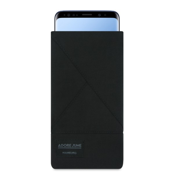 The picture shows the front of Triangle Sleeve for Samsung Galaxy S9 in color Black; As an illustration, it also shows what the compatible device looks like in this bag