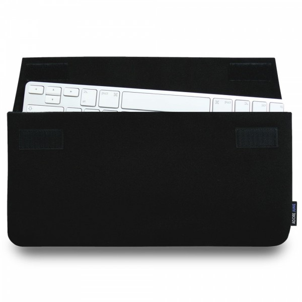 The picture shows the front of Keeb Sleeve for Apple Wireless Keyboard 1st Gen in color Black; As an illustration, it also shows what the compatible device looks like in this bag