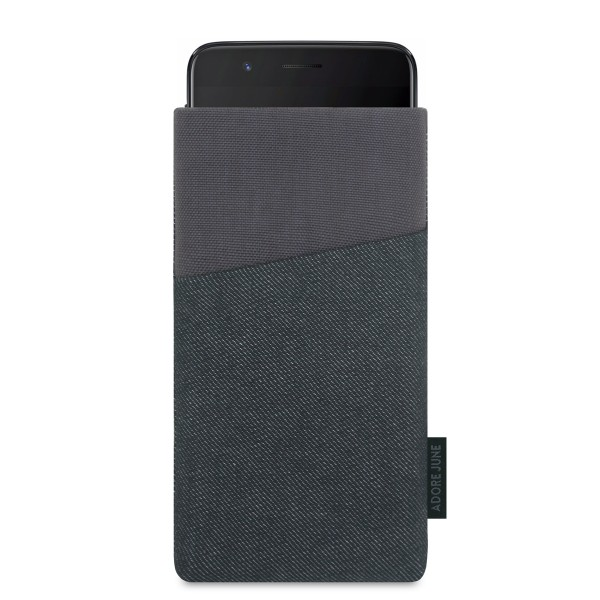 The picture shows the front of Clive Sleeve for OnePlus 5 in color Black / Grey; As an illustration, it also shows what the compatible device looks like in this bag
