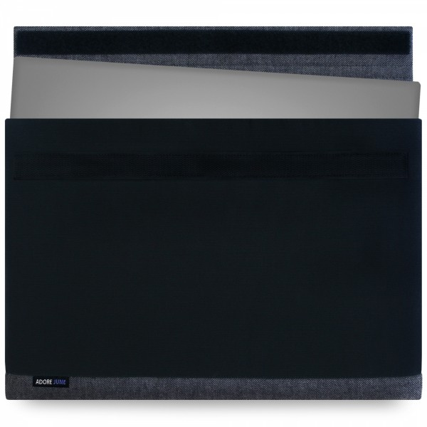 The picture shows the front of Bold Sleeve for Dell XPS 13 in color Black; As an illustration, it also shows what the compatible device looks like in this bag